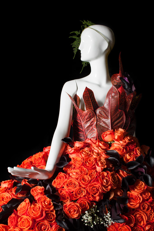 Fleurs De Villes Metro News Floral Mannequin