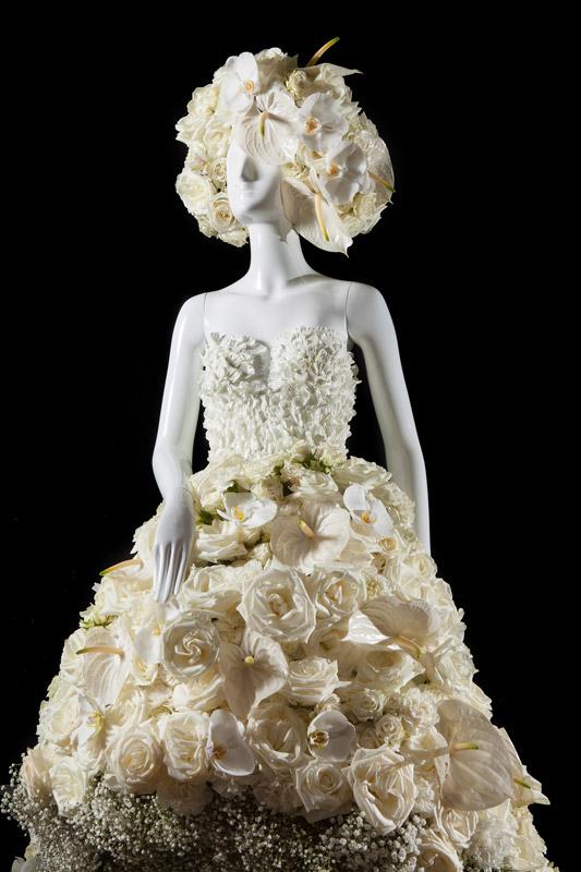Fleurs De Villes Wedding Bells Floral Mannequin