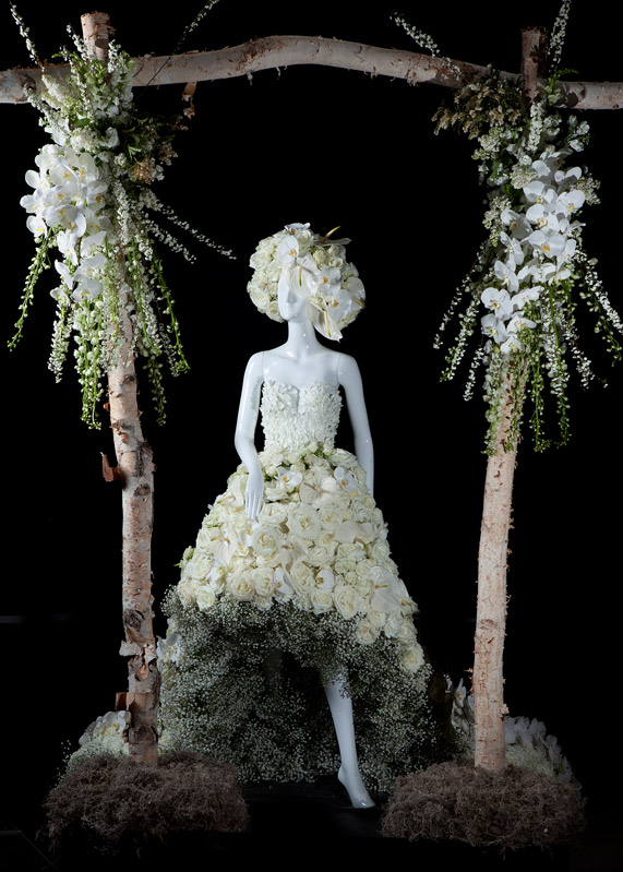 Fleurs De Villes Wedding Bells Mannequin By The Design Co